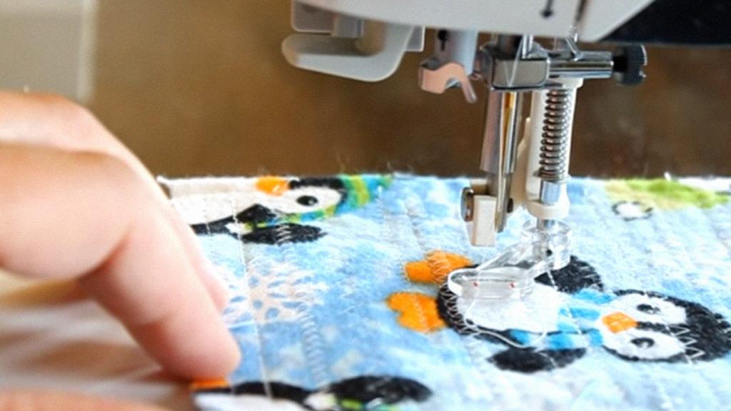 http://sewingmachinebuffs.com/