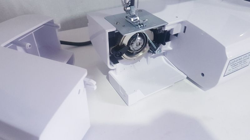 sewing machine covers are easy to remove